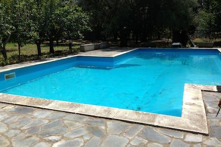 Villa con piscina - Castena delle Furie - Castanea delle Furie