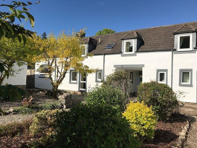Fraser Cottage, luxury 2 bedroom cottage