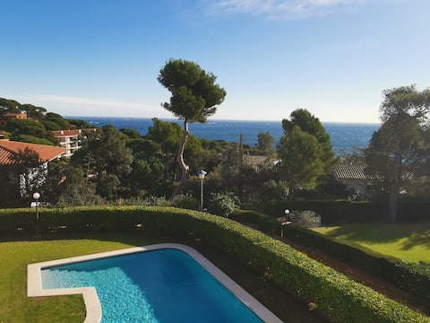 Amazing apartment with great sea views in Calella