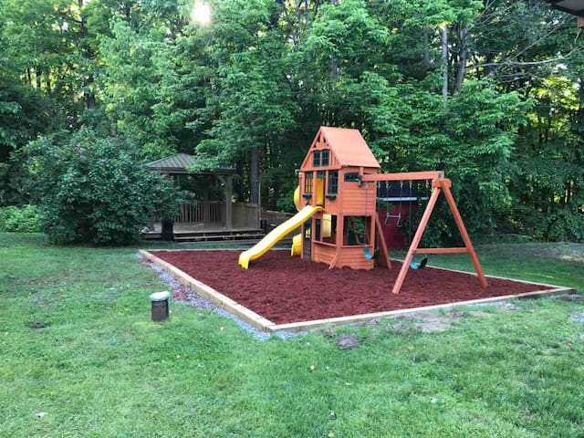 Brand new playground and gazebo from June 2019:)!