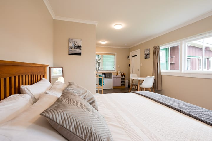 Quiet, peaceful suite & breakfast is included
