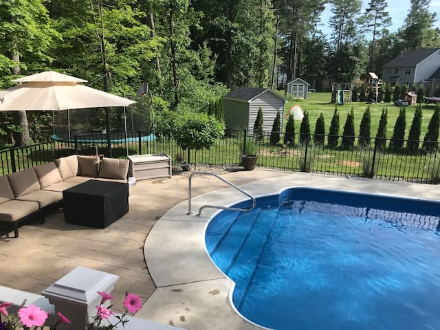 The Saratoga Retreat @ Waverly Place