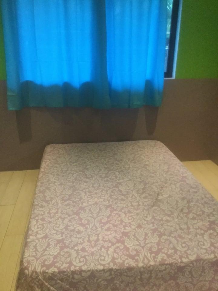 Chambres où maison entière à louer à Papeari