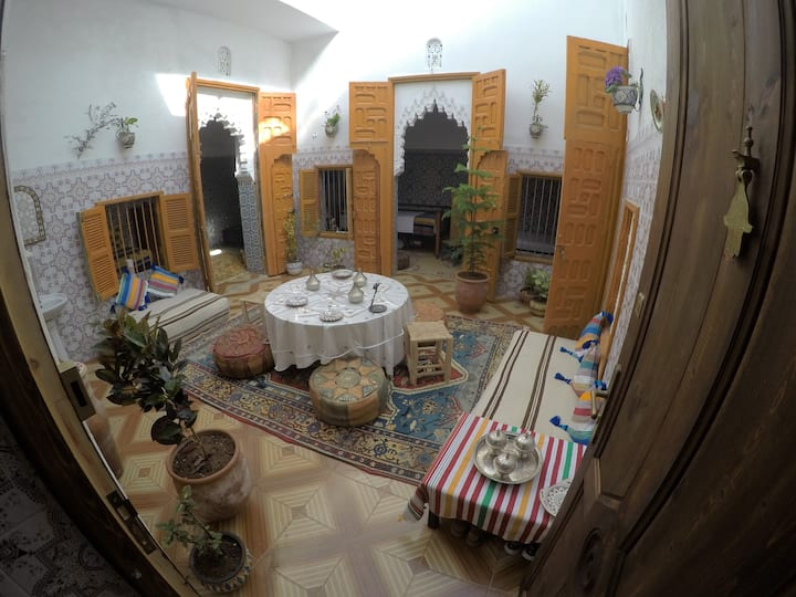 Riad for students