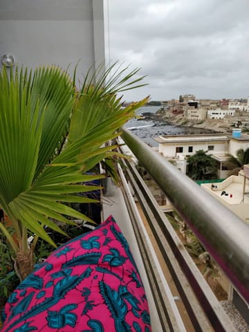 Beautiful seaview flat in Almadies by King Fahd