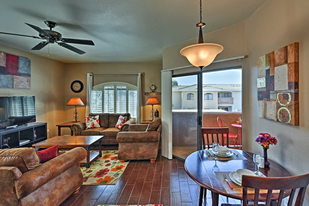 You're ensured relaxation and luxuries from this charming condo nestled in the Desert Breeze Complex!