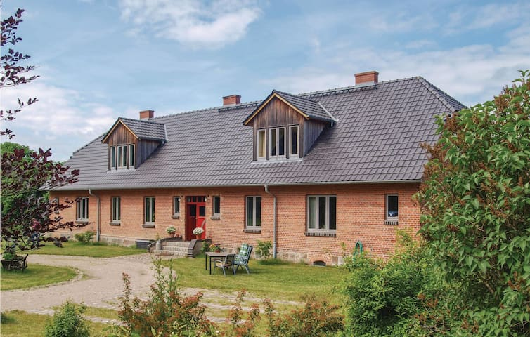 Holiday apartment with 1 bedroom on 75m² in Niendorf