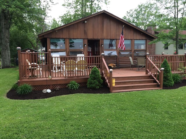 Quiet Log Cabin on Owasco Lake - Auburn - Maison