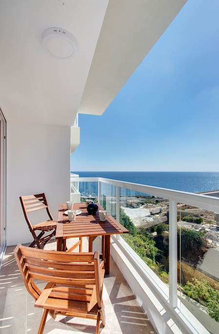 Stunning Sea-Views from the large balcony