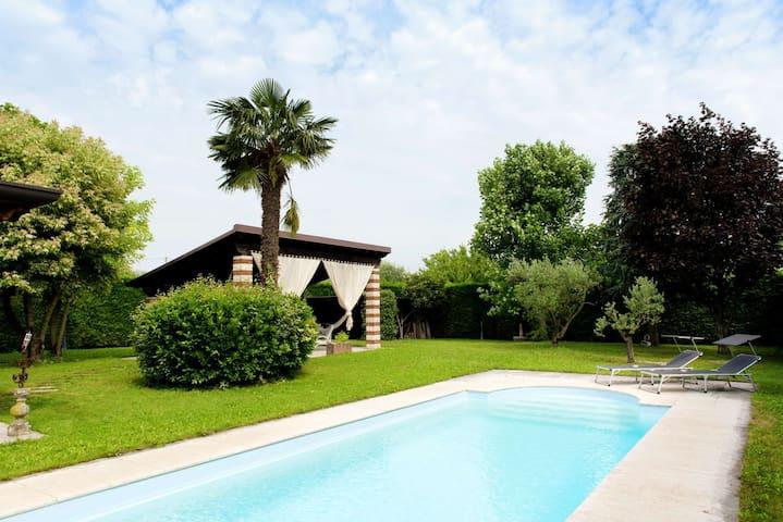 Villa indipendente con piscina - Bardolino - Huis