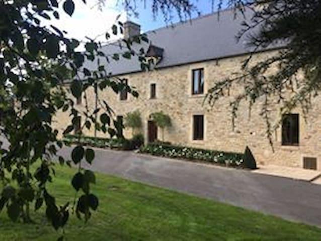 FARMHOUSE-Carentan, Bayeux, Normandy, France