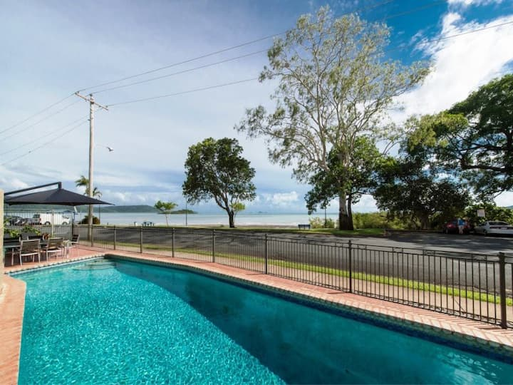 Whitsunday Waterfront - 2 Bedroom Apartment