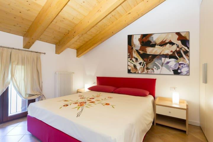 Bilocale in ottima posizione - Carisolo - Apartment