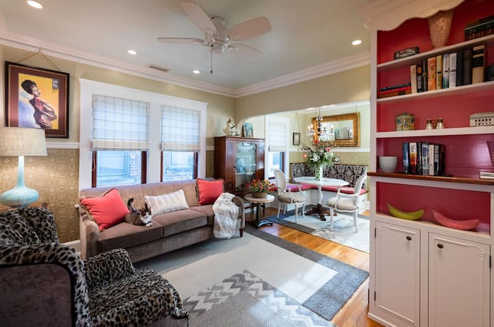 Luxury 2 BR apartment 2