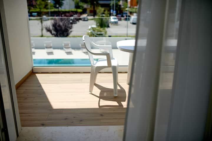 West Village Appartamento 6 - NUOVO con piscina