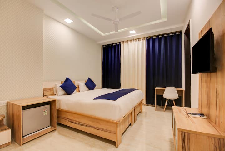 Urban View, Home stay @Sector 40,Gurgaon