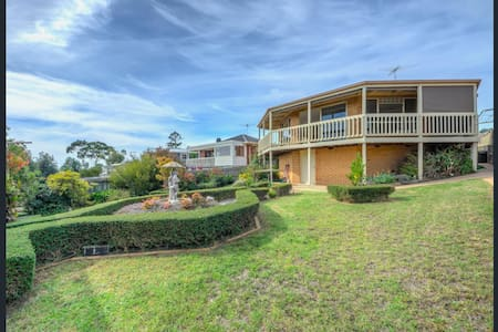 Relaxing Family Beach Home with Views - Portarlington
