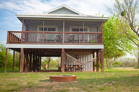 Llano River House  - waterfront with a view!