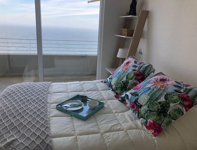 Dormitorio 1 Suite con terraza y Vista