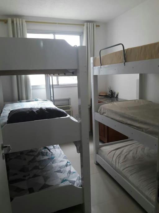 Room 2 Quarto 2