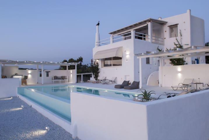 3 Bedroom Villa Alina, Paros, Greece