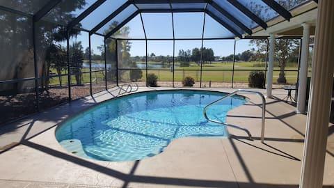 Casa 3BR/2BA en el campo de golf con piscina privada