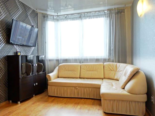 Двухкомнатная квартира люкс-класса на Зеленстрое - Tula - Apartamento