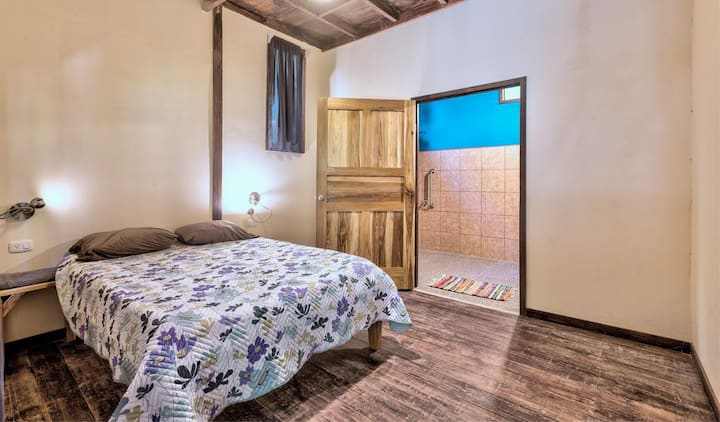 RD - Deluxe Double Room - Disability Access