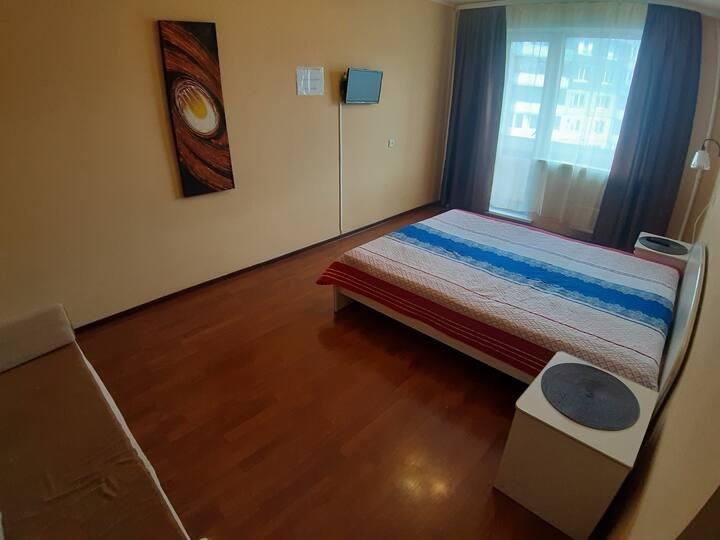 Уютная квартира в спальном районе, посуточно