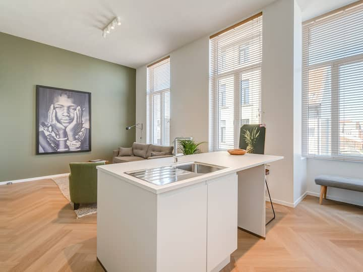 New Tuscany Apartment in Antwerp City Center