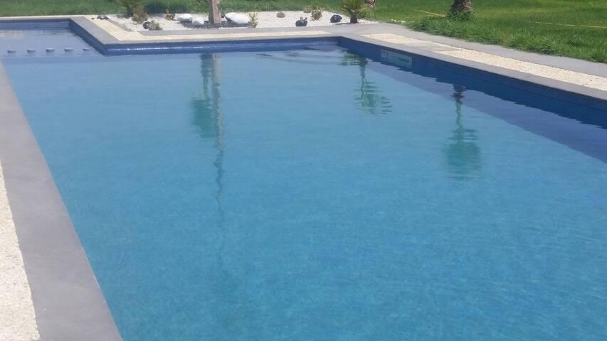 Appartement indépendante dans villa avec piscine