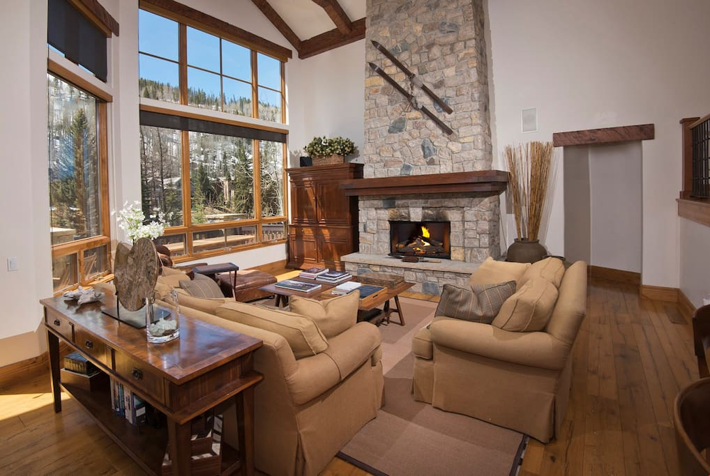 Take a seat in the comfortable living area and warm up in front of the fireplace.