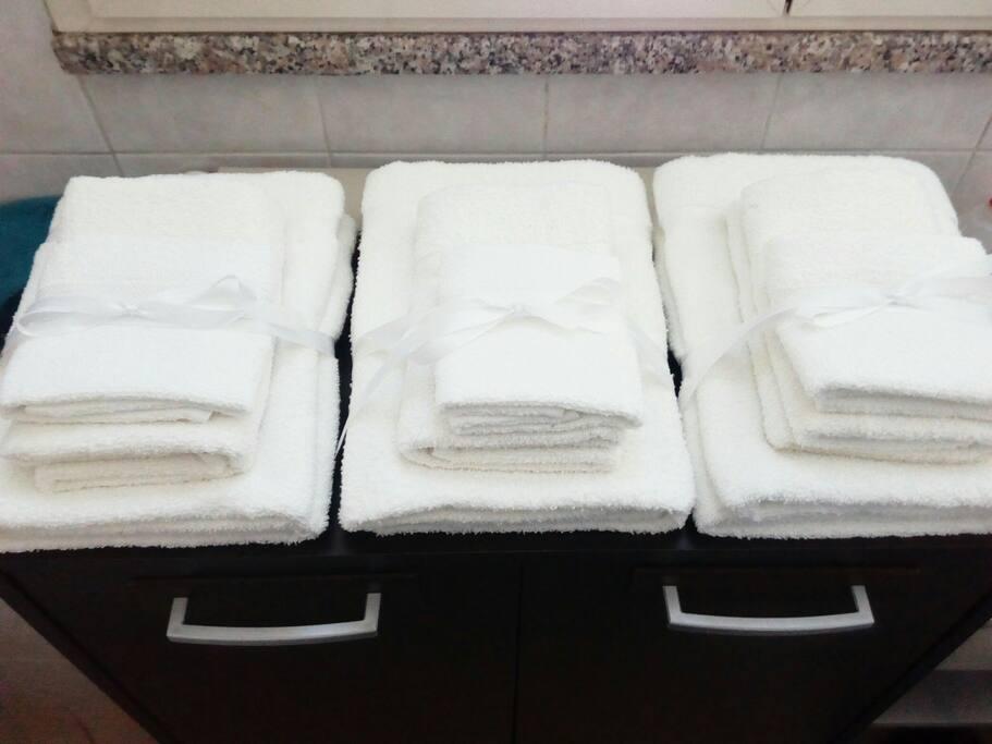 Set di asciugamani a disposizione degli ospiti.