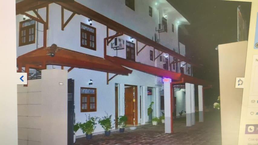Ryan residence and rasturant negombo srilanka.