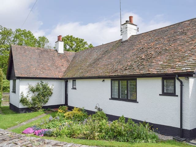 Kingshill Farm Cottage - 28270 (28270)
