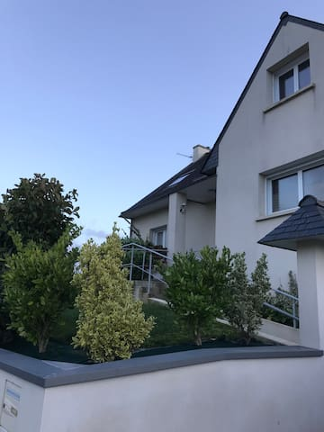 maison pluguffan