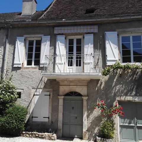 Maison d' ALINE - Martel
