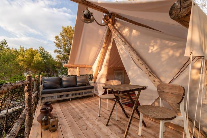 HR90 Luxury tents on Hvar island