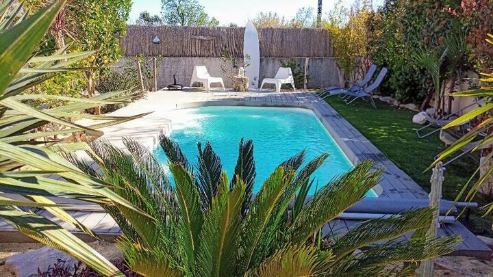 Villa de standing avec piscine entièrement privée
