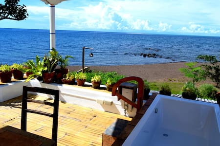 Beach villa, rice paddies, volcano, top cuisine+u