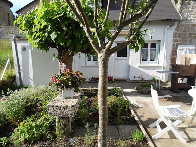Maison de vacances au coeur de la Corrèze 2 **