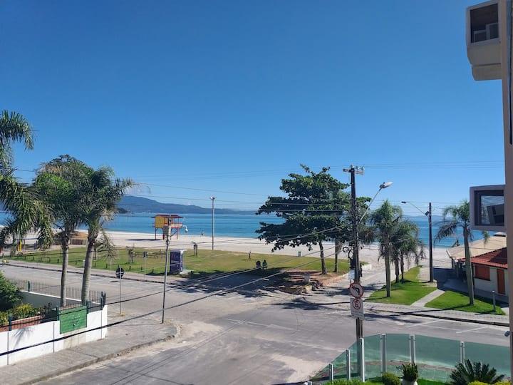Canasvieiras - apartamento com ampla vista ao mar