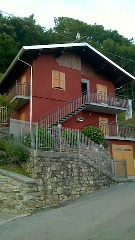 Appartamento in villino di montagna - Casargo
