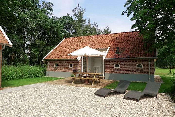 Heritage Ferienhaus in Haaksbergen in Waldnähe