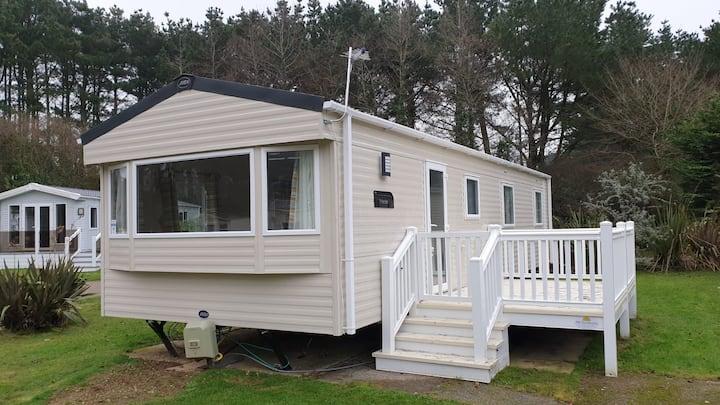 A Home Away from Home, Caravan Paddock in Cornwall