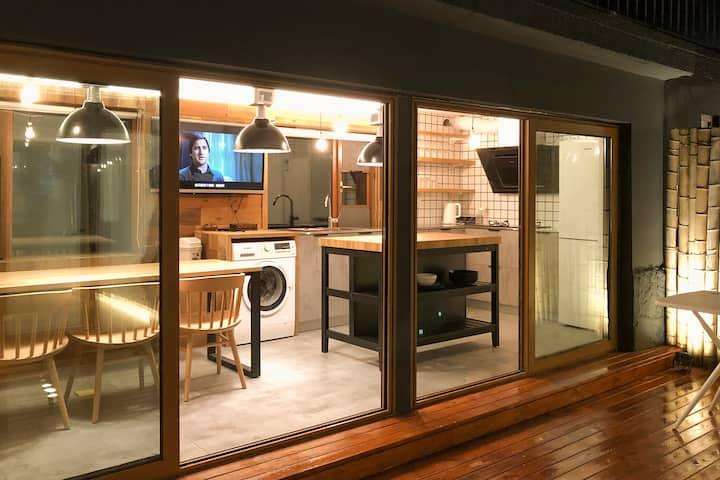 观星堂/双鱼座/崂山海景开放厨房的日式三房度假小院/有地暖