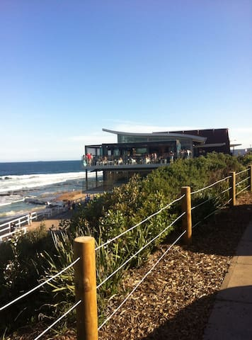 Great Merewether Location - Merewether - Appartement