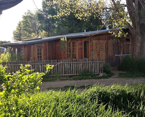 Springwild Casita - Taos - Bungalou