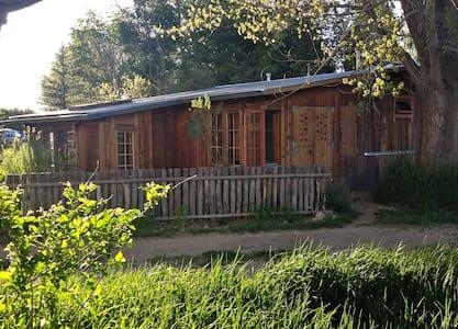 Springwild Casita - Taos - Bungalov