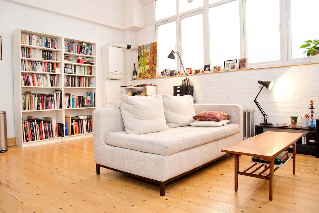 Lovely room in bethnal green warehouse flat apartments for Furniture xpress bethnal green